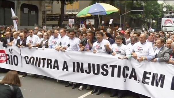Brésil la présidence sous la pression de la rue