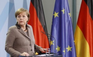 de-plus-en-plus-isole-en-europe-angela-merkel