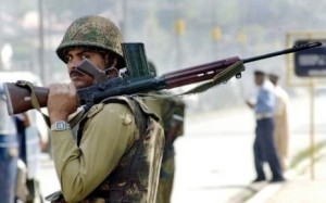 7763596076_cinq-soldats-indiens-ont-ete-tues-pres-de-la-frontiere-avec-le-pakistan-lors-d-un-nouvel-accrochage