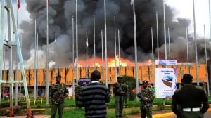 AFP_130807_zq2y4_kenya-aeroport-incendie_sn635