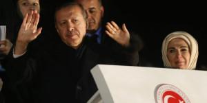 4339745_3_e309_le-gouvernement-du-premier-ministre-turc-recep_74952191187ea1602b405e7abba65d9c
