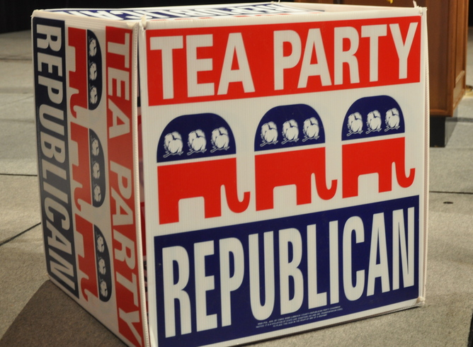 Tea-Party-republican