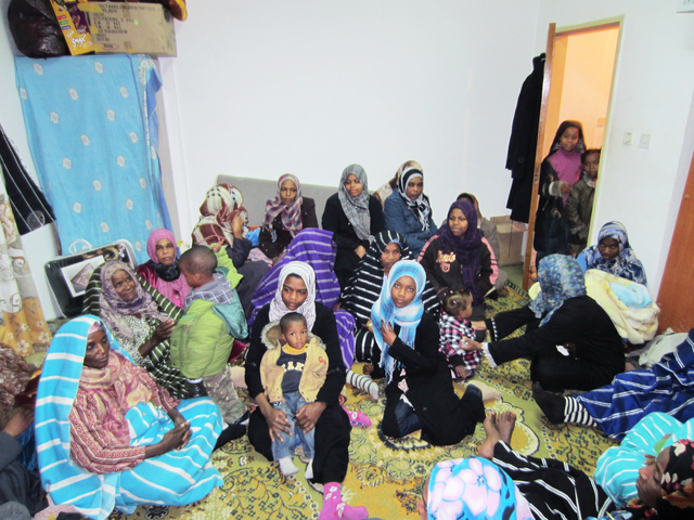 Displaced Tawargha women and children in Tripoli