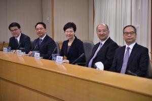 les-representants-du-gouvernement-local-de-hong-kong