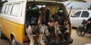 des-membres-des-brigades-al-qassam