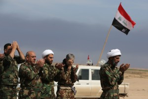 des-membres-d-une-milice-chiite-en-irak-le-8-mars-2015
