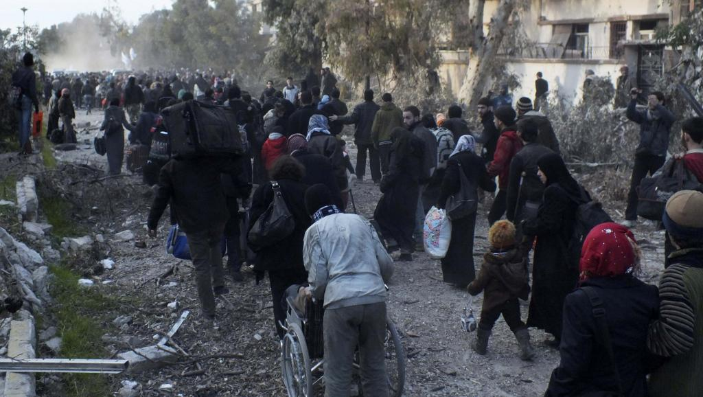 homs-prolongation